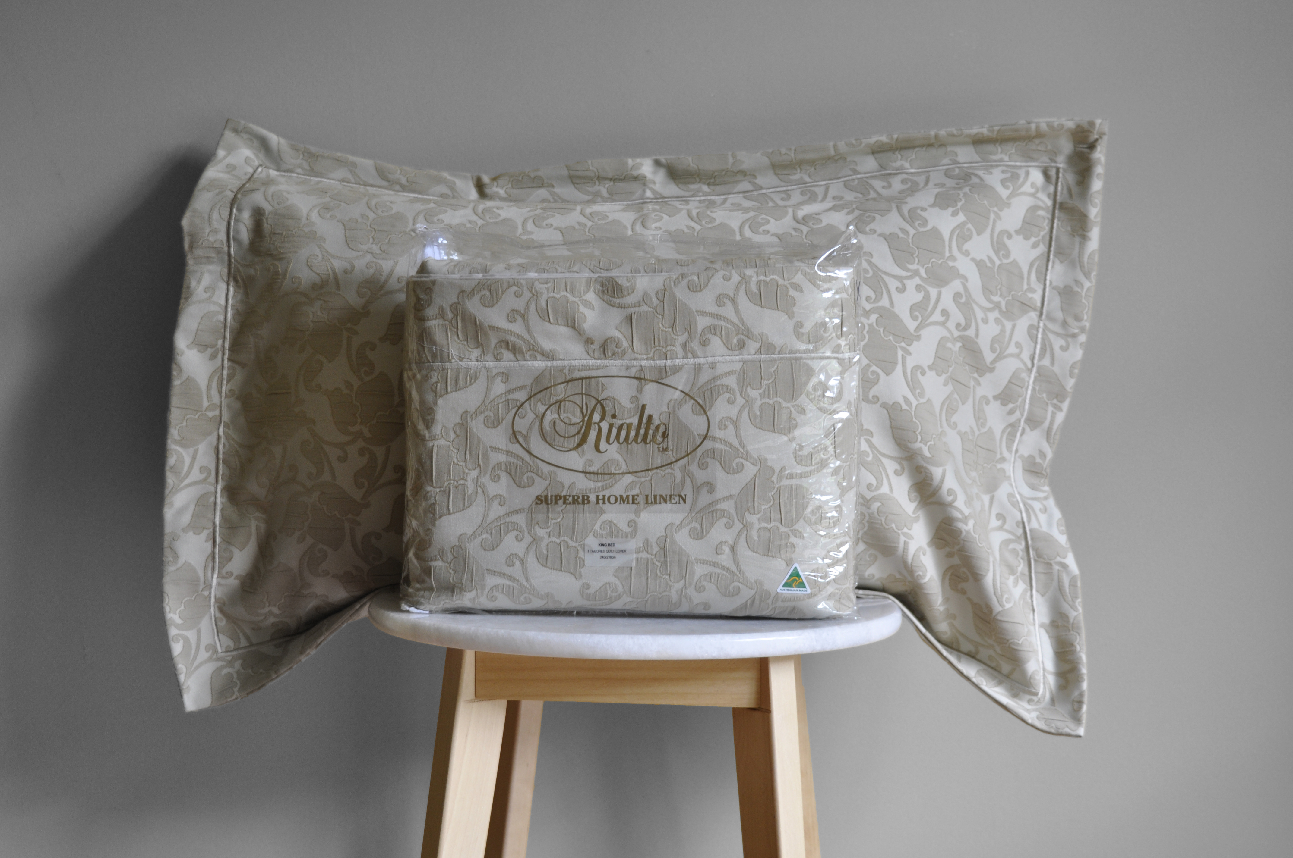 Florence Quilt Cover