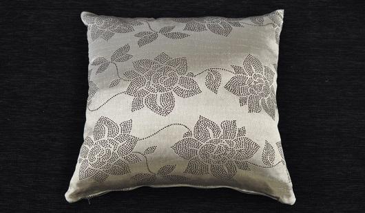 Silver Rose 50x50 cushion